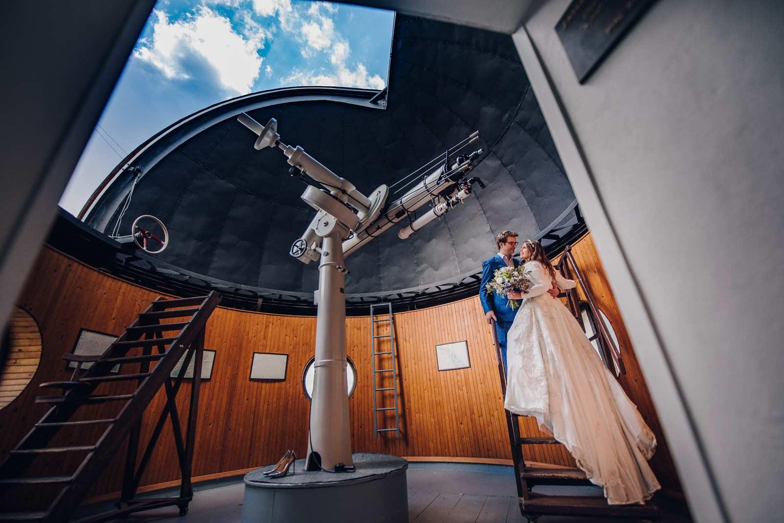 svatebni fotograf Brno - svatba brnenske planetarium